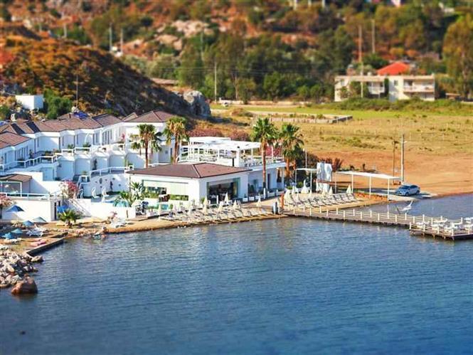 Big Poseidon Boutique Hotel  Yacht Club