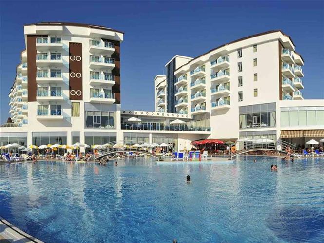 Cenger Beach Resort Hotel